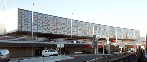 American Airlines terminal at JFK. (Photo by Tom Alfano)