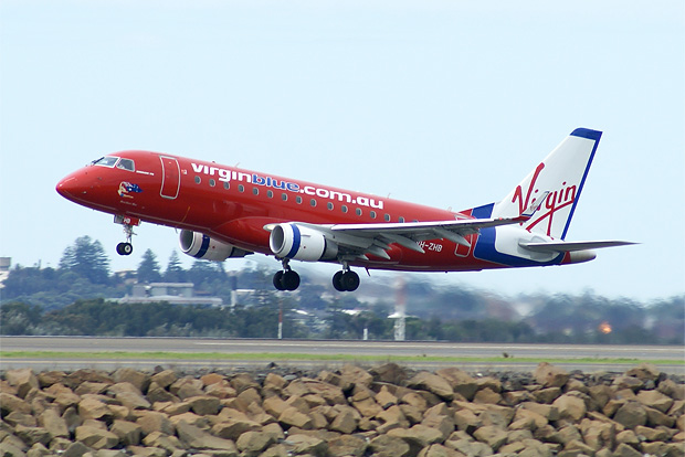 Virgin Blue E-170 at Sydney. Photo by superciliousness