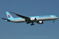 This Korean 777-300ER is seen on approach to JFK on September 2nd. (Photo by Lukasz Wasiak)
