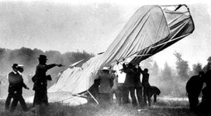 The wreck of the first crash in aviation, resulting in the death of Lieutenant Thomas Selfridge.