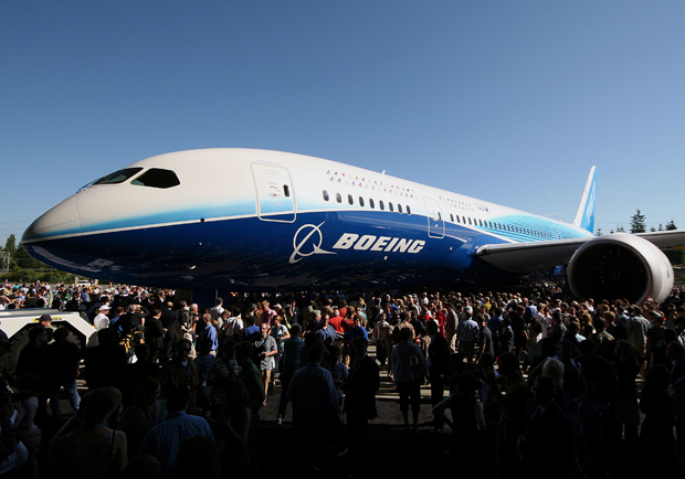Taken during the 787 rollout ceremony. (Photo by Tom Alfano)