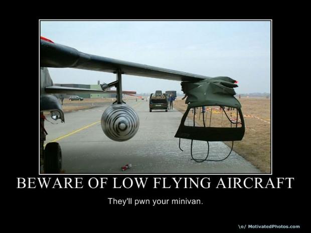 633775787388803225-bewareoflowflyingaircraft