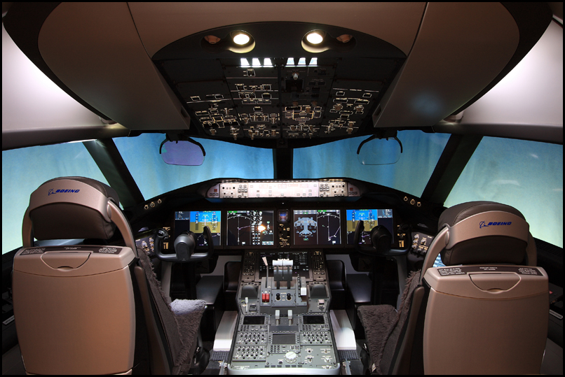Photos: Inside the Boeing 787 Dreamliner Gallery ...