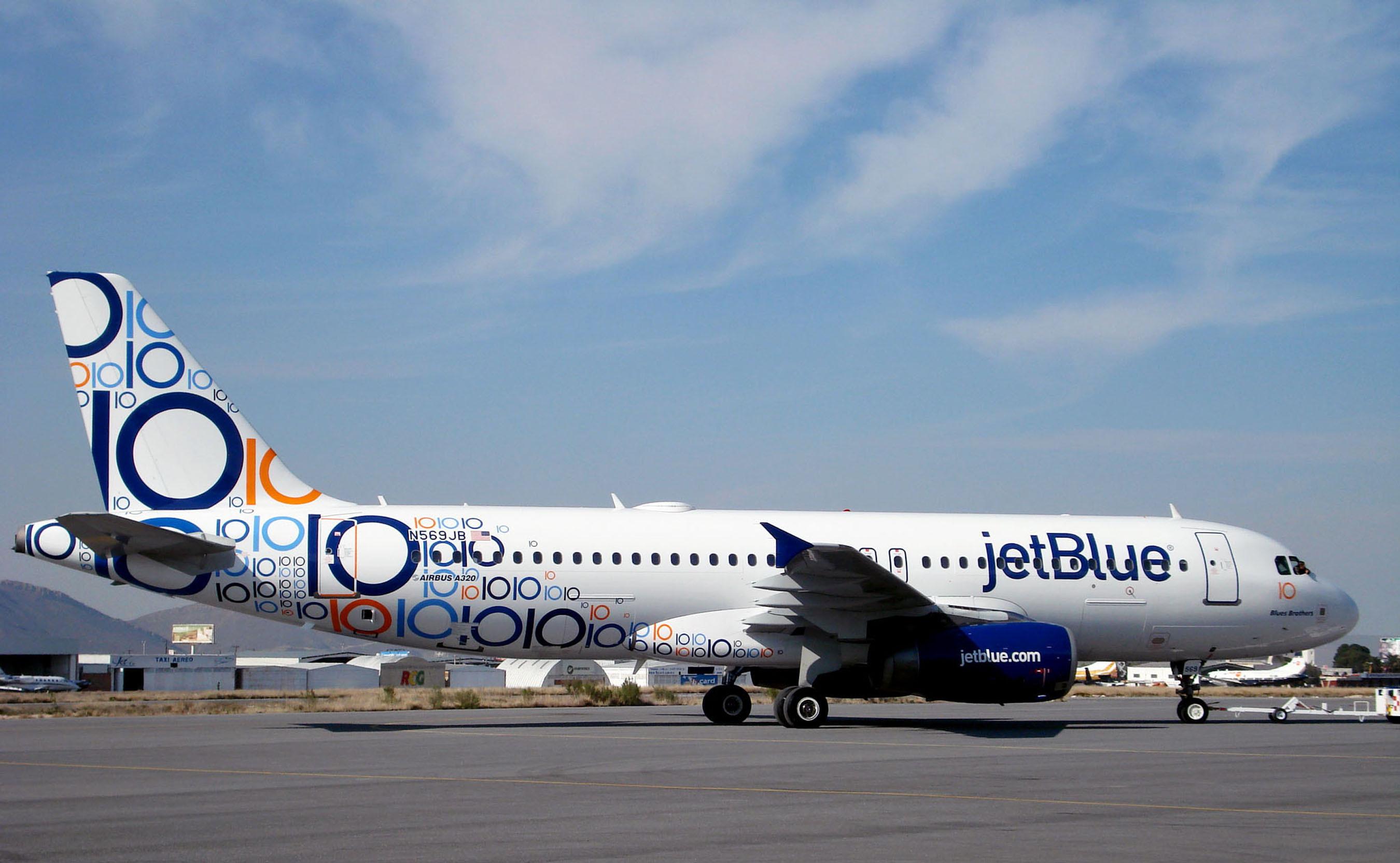 Photos Jetblue Unveils New 10th Anniversary Scheme