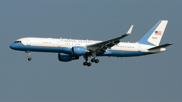 Air Force Two on approach to LaGuardia Airport Runway 22