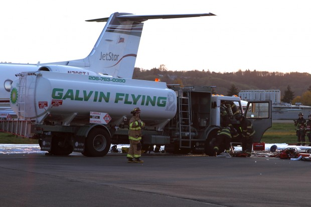 Gulfstream N706TJ collision with tanker truck at Boeing Field