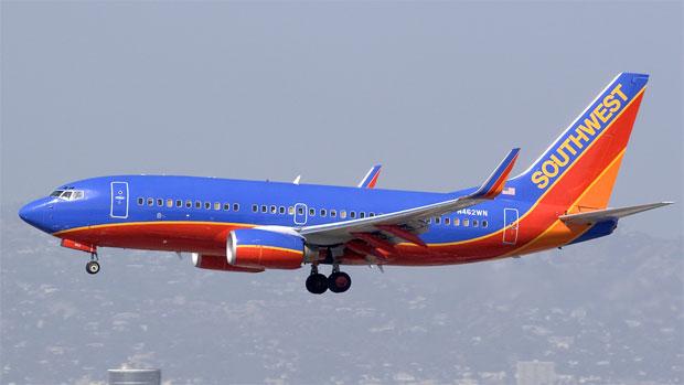 File:Southwest Airlines Boeing 737-7H4 N231WN.jpg - Wikipedia