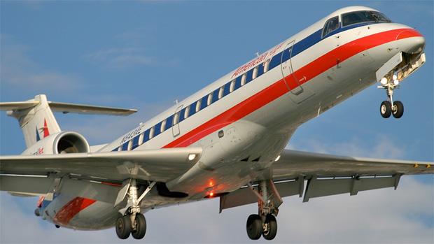 American Eagle ERJ-140 N843AE