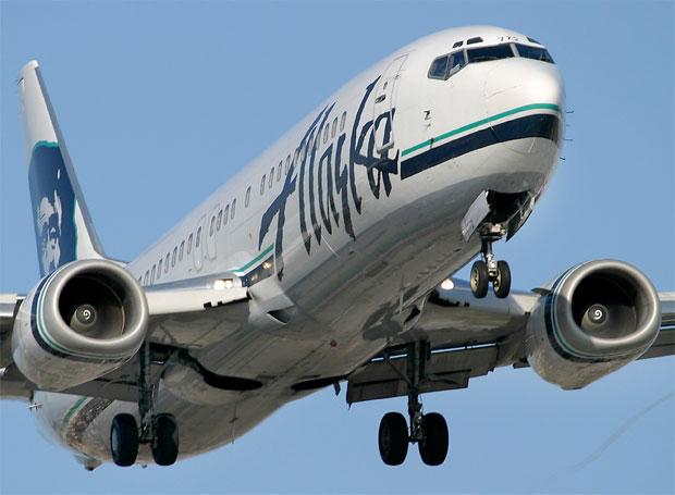 Alaska Airlines 737-400 N772AS