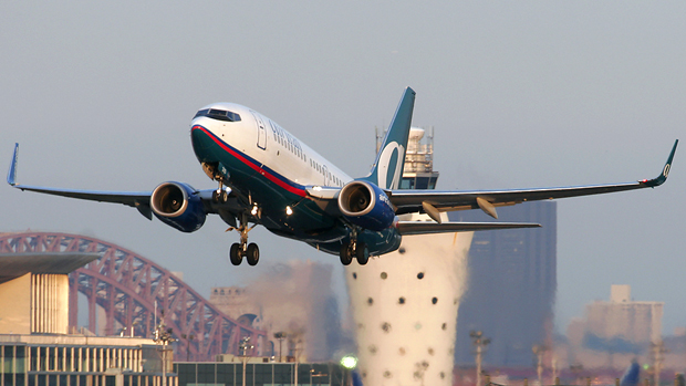 AirTran 737-700 departing off of runway 13 at LaGuardia Airport