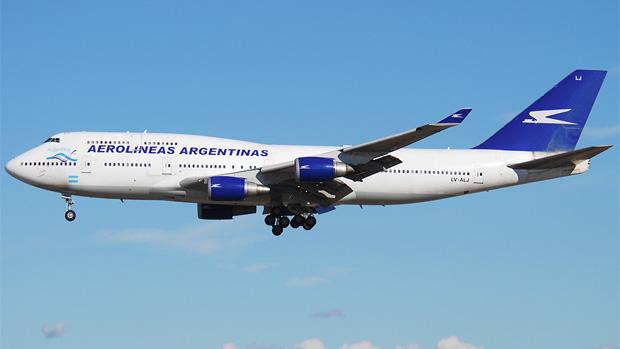 Aerolineas Argentinas 747-400 LV-ALJ at Madrid