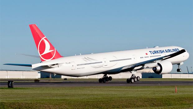 Turkish Airlines Boeing 777-300ER TC-JJE
