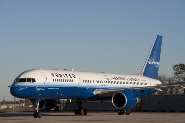 N542UA Oprah Winfrey United Airlines 757