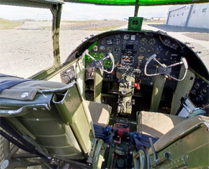 B-25 Grumpy virtual tour
