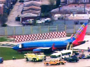 Southwest Airlines 737-300 off runway at Chicago Midway