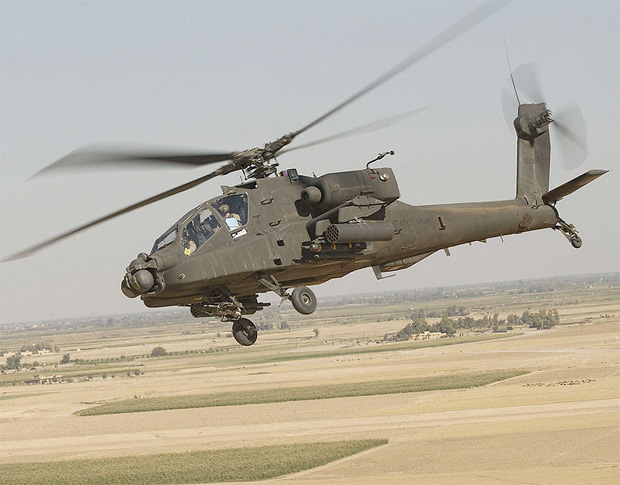 US Army Apache helicopter over Iraq