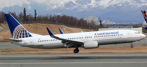 Continental Airlines 737-800 N76269