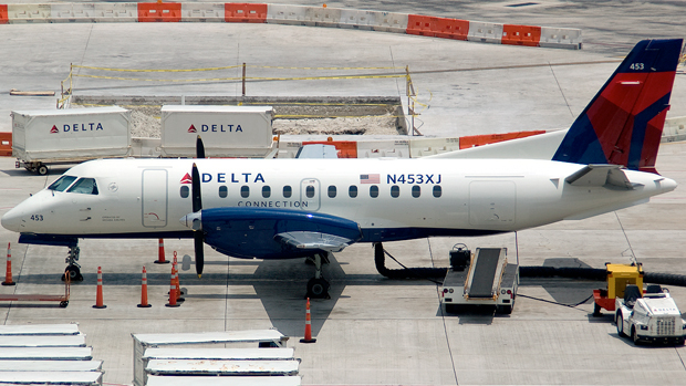 Delta Connection Mesaba Airlines Saab 340 N453XJ at Fort Lauderdale FLL