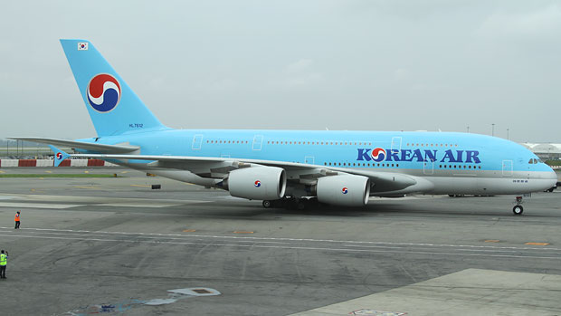 Korean Air second Airbus A380 rolls to JFK Terminal 1