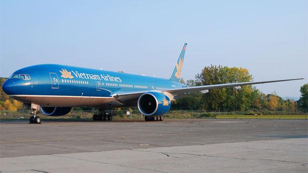 Stewart Airport Vietnam Airlines 777-200ER VN-A149