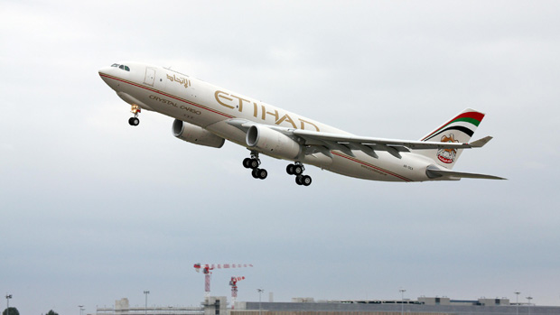 Etihad Airbus A330-200F A6-DCA takes off from Toulouse